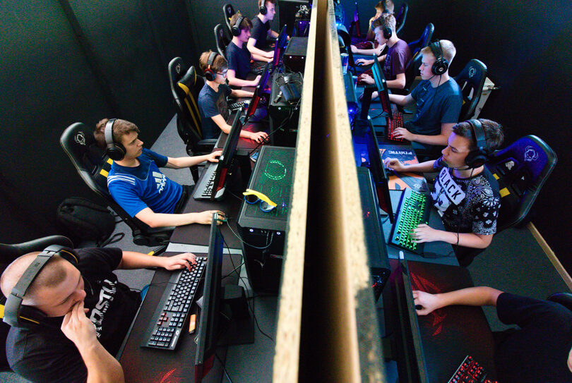 Why Esports Is Poised to Become a Billion-Dollar Industry